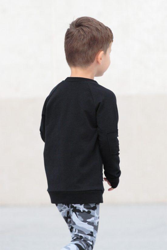 Mikina basic ragged čierna zozadu